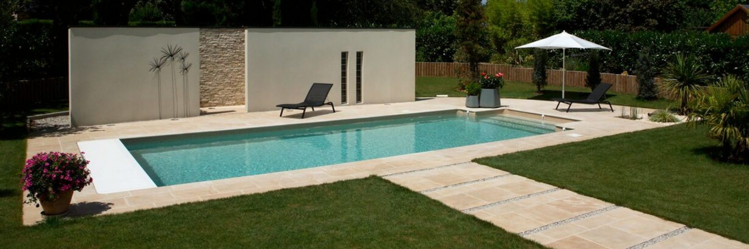 Mini piscine b ton mini piscine comprendre et choisir for Piscine semi enterree beton