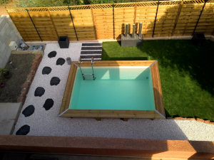 Mini piscine bois mini piscine comprendre et choisir for Mini piscine rectangulaire