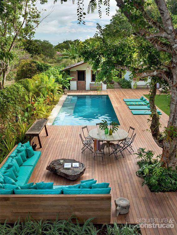 mini piscine bleu terrasse bois