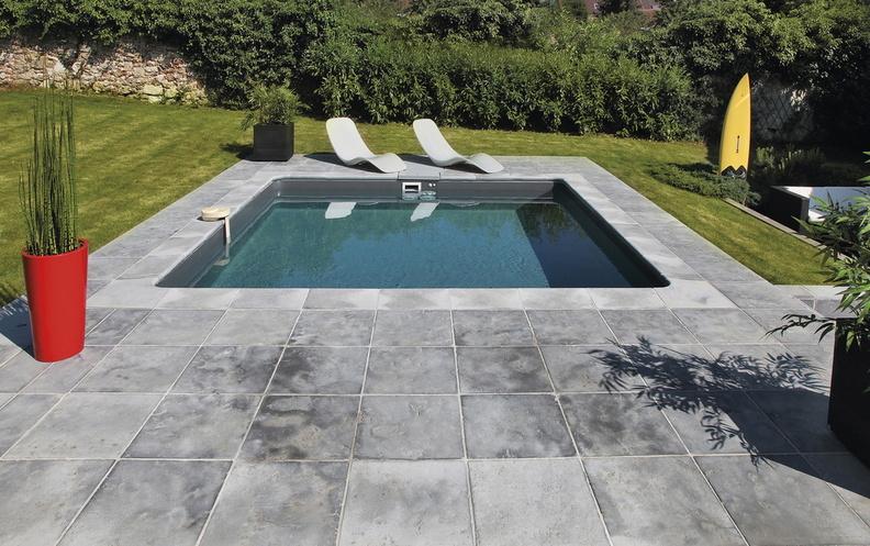 belle piscine Desjoyau carré